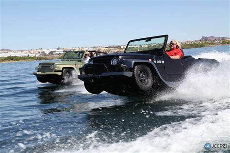 watercar panther  worlds fastest amphibious car