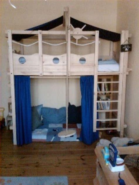 piratenbett kinderzimmer die besten 17 ideen zu etagenbett auf klappbetten