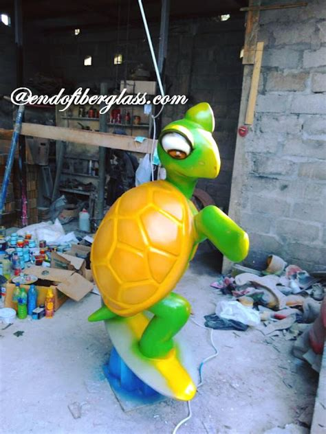 Pajangan Turtle surfing turtle sculpture ornament made of fiber patung kura kura selancar fiberglass