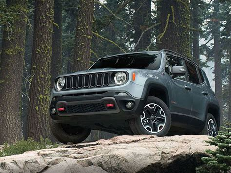 4 Wheel Drive Small Car by 10 Of The Best Road Suvs Autobytel