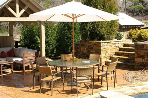 Patio Dining Set with Umbrella ? Outdoor Decorations