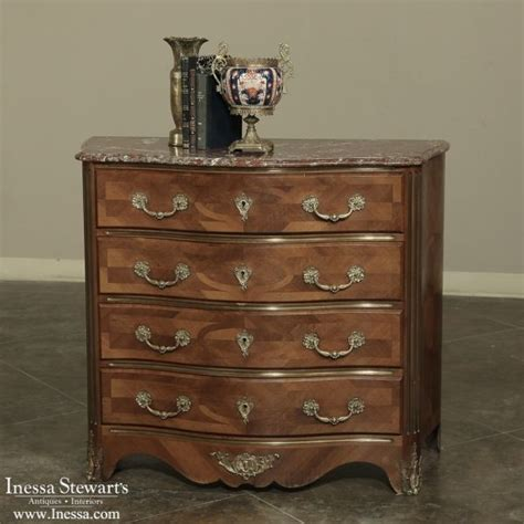 Commode Furniture Images by 92 Best Antique Commodes And Chests Of Drawers Images On