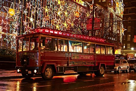 trolley holiday lights tour vancouver vancouver attractions information