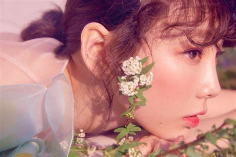 Taeyeon 1st Album My Voice Deluxe Edition teaser snsd s taeyeon 1st album my voice deluxe edition teaser images 2 kpopmap global