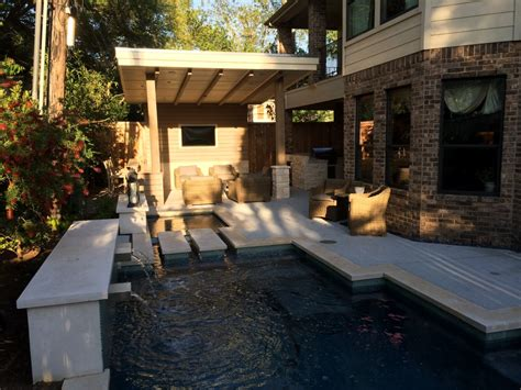 Travertine Tile Outdoor Kitchen by Houston Outdoor Kitchen With Silver Travertine Tile Countertop