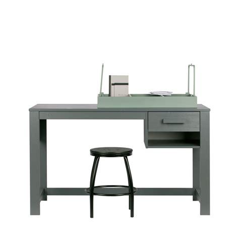 bureau enfant pin massif bureau pour enfant en pin massif denis drawer