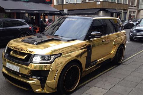 gold range rover gold range rover dazzles londoners as it parks up in