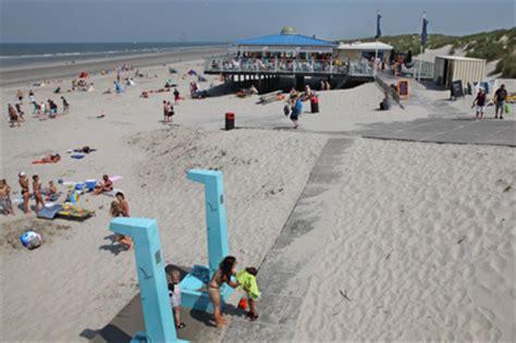 boot ameland vandaag de buren van nes meest duurzame strandpaviljoen van