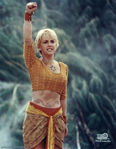 lucy lawless renee o connor fanfiction ren 233 e o connor gabrielle the battling bard pinterest