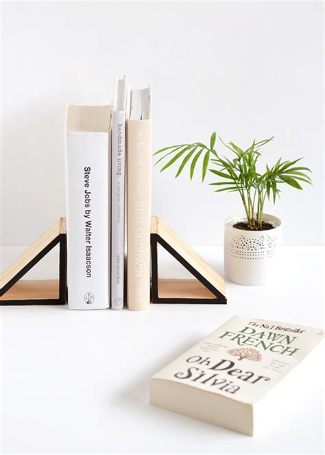 this is how it ends books diy wood triangle bookends make and tell