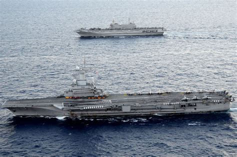portaerei de gaulle charles de gaulle r91 aircraft carrier and