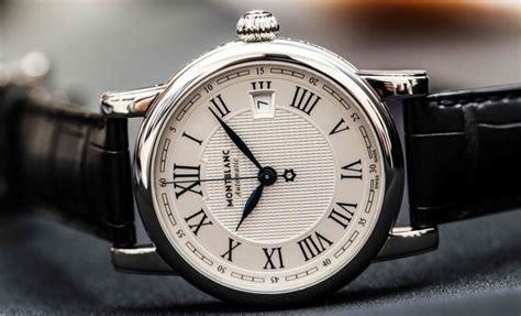 Jam Tangan Montblanc Utc 万年筆だけじゃない montblancのおすすめ腕時計11選