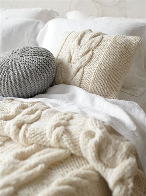 sweater comforter free cushion knitting pattern with cable