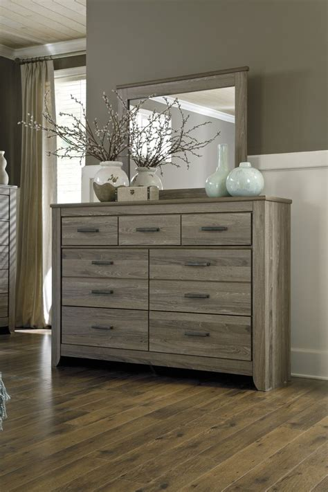 Rustic Grey Dresser by Best 25 Bedroom Dressers Ideas On Bedroom