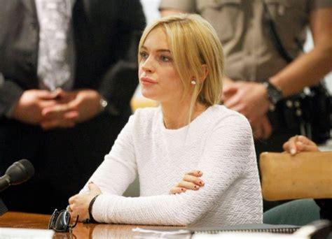 Lindsay Lohan Is A Stalker by Lindsay Lohan S Obsessive Stalker Given Restraining Order