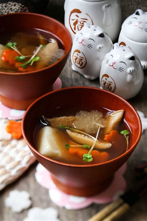 new year mochi recipe ozoni japanese new year mochi soup お雑煮 pickled plum