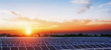 big advantages  disadvantages  solar energy