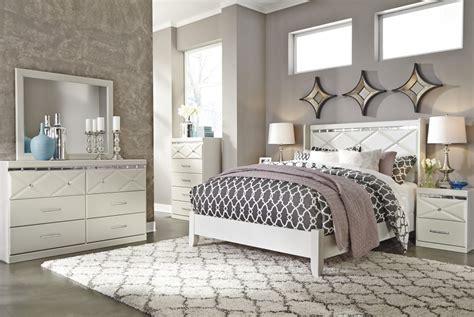 bedroom sets with mirrors dreamur 4 pc bedroom dresser mirror queen panel bed