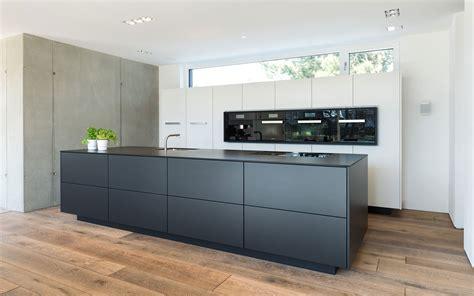 Emejing Küche Schwarz Weiß Images   House Design Ideas