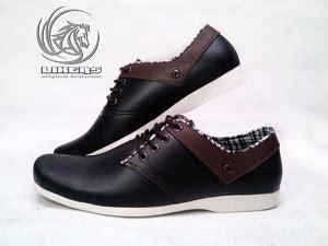 Bradley S Zapatos Sepatu Casual Pria Sepatu Kulit bahan yang biasa digunakan untuk sepatu casual seputar