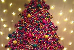 los arbolitos de navidad de la comunidad m grupo milenio