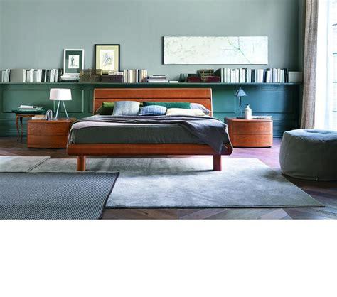 dreamfurniture basic modern cognac bedroom
