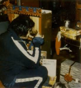 elvis presley photo 180 s blog 3 1970 1977 christmas with