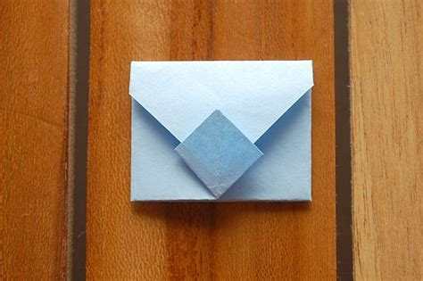 Cool Ways To Fold Notebook Paper - fold an origami envelope origami origami envelope and