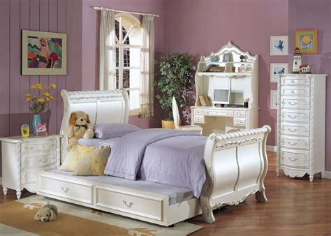 pearl bedroom furniture acme pearl sleigh bedroom set