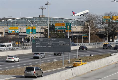 Newark Nj Records Newark Nj Port Authority Sets New Passenger Record At Airports
