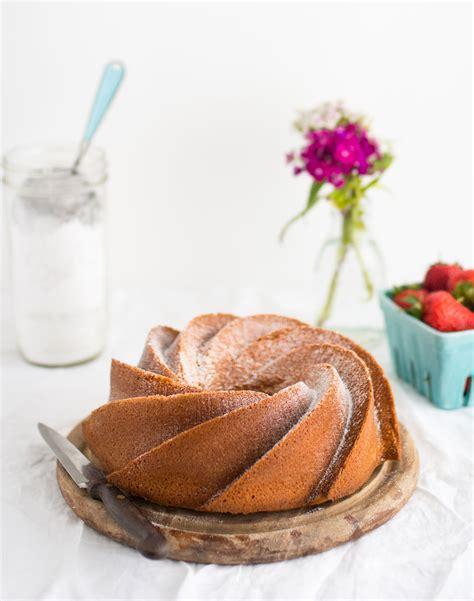 Cetakan Silikon Puding Cake Bundt Heritage vanilla bean bundt cake delicious magazine