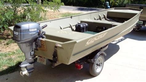 field and stream 12 foot jon boat boat batteries chargers in fisherman
