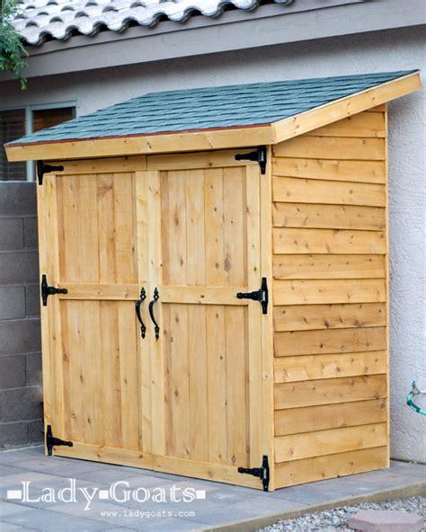 small cedar fence picket storage shed bigdiyideascom