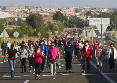 banco gallego valladolid marchas solidarias en zamora y valladolid en favor de