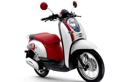 Kunci Motor Honda Scoopy Honda New Scoopy Pgm Fi 2013 Lebih Stylish Dan Irit