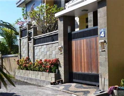 desain pagar rumah cantik kombinasi kayu besi  batu alam denah rumah   rumah