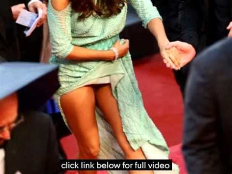 no panties eva longorias wardrobe malfunction in cannes 518 exposed eva longoria accidentally revealed too much at