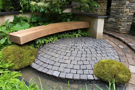 Curved Patio Pavers by Best 20 Curved Bench Ideas On