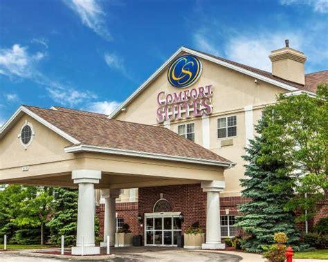 Comfort Suites Oak Creek Wi by Comfort Suites Milwaukee Airport Oak Creek Wi Hotel