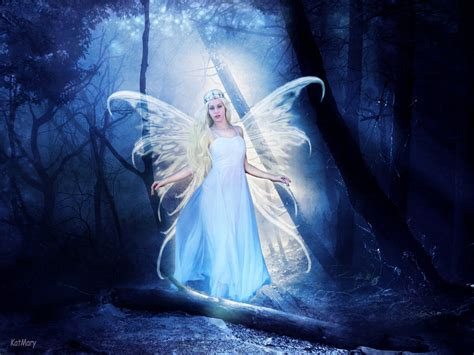 Fairy Of Light By Katmary On Deviantart Light Fairies