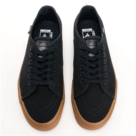 buy vans av classic pro shoes black gum at skate pharm
