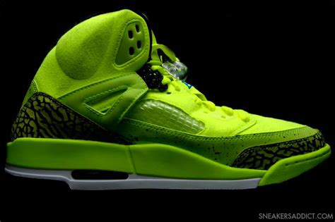 Spizikes Part 3 by Air Spizike Bhm Wave 174