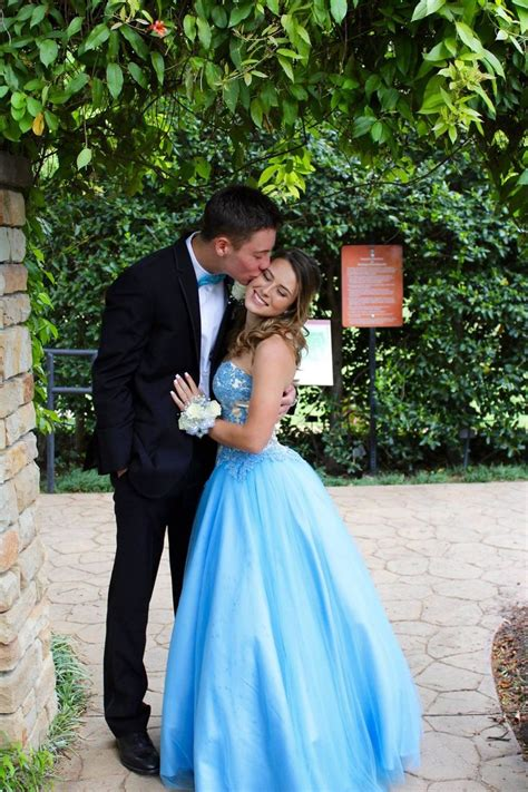 cute themes prom cute couple picture ideas for prom www imgkid com the