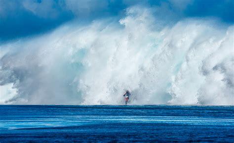 surf s robbie maddison surfs tahiti on a dirt bike grindtv com