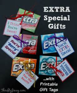 give extra this holiday season with extra gum thrifty jinxy