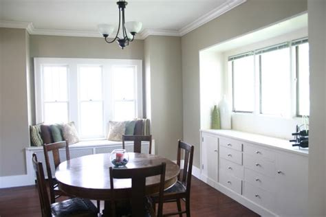behr swiss coffee white this is it paint trim colors