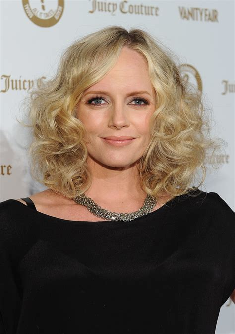 marly hairstyles for mature women marley shelton medium curls marley shelton looks