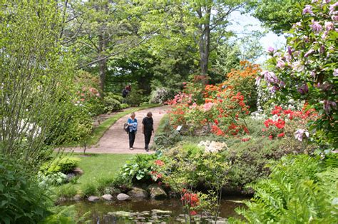exploring guatemalaâ s gardens from atlantic to pacific books annapolis royal historic gardens tourism scotia