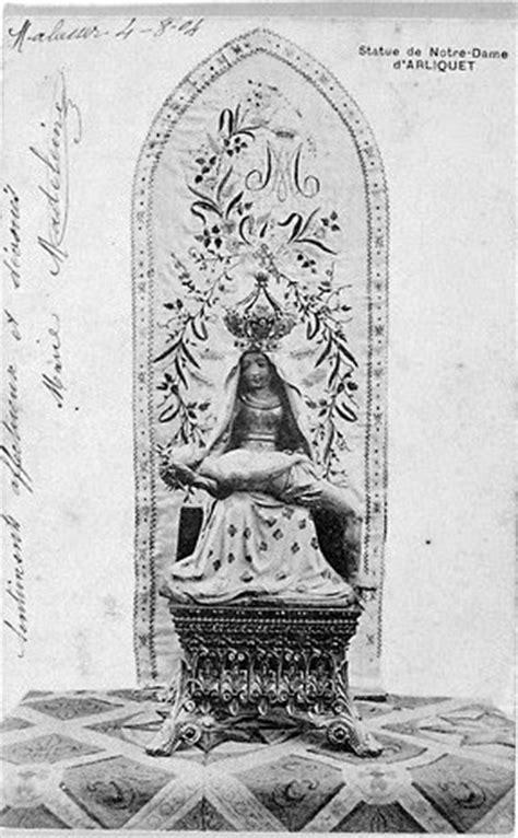 BIJOUX ET PIERRES PRECIEUSES: Les statues des Vierges