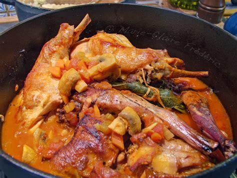 cuisiner du lapin en sauce lapin chasseur sachant chasser du miel et du sel